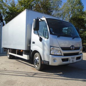 2014 HINO 300 Series 18ft Joint Tautliner & Box