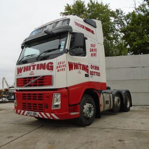 6x2 Tractor Units